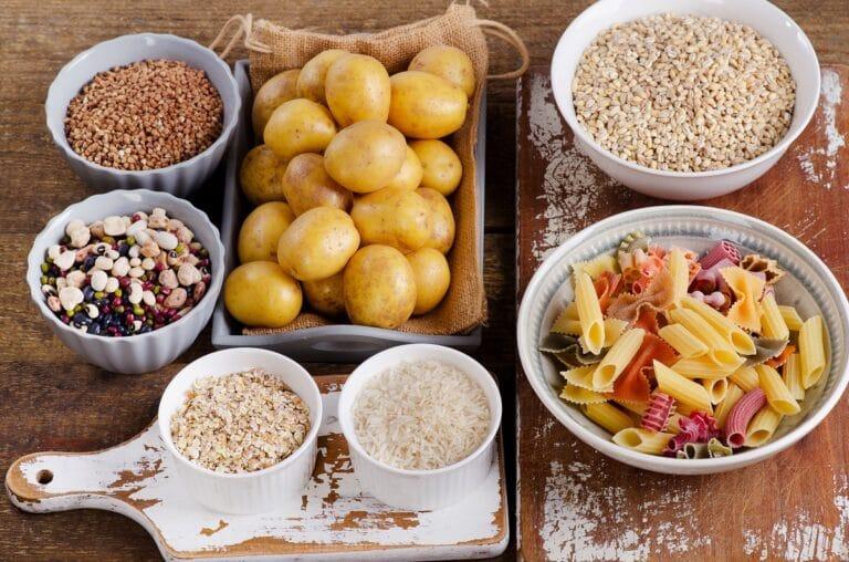 Węglowodany w diecie – poznaj zapotrzebowanie na cukry proste i złożone