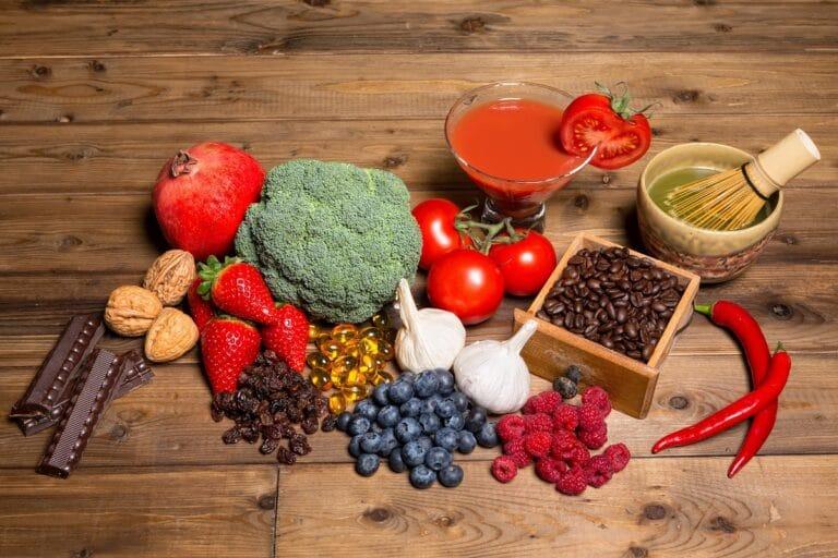 Dieta bogata w antyoksydanty przeciwdziała nowotworom i starzeniu?