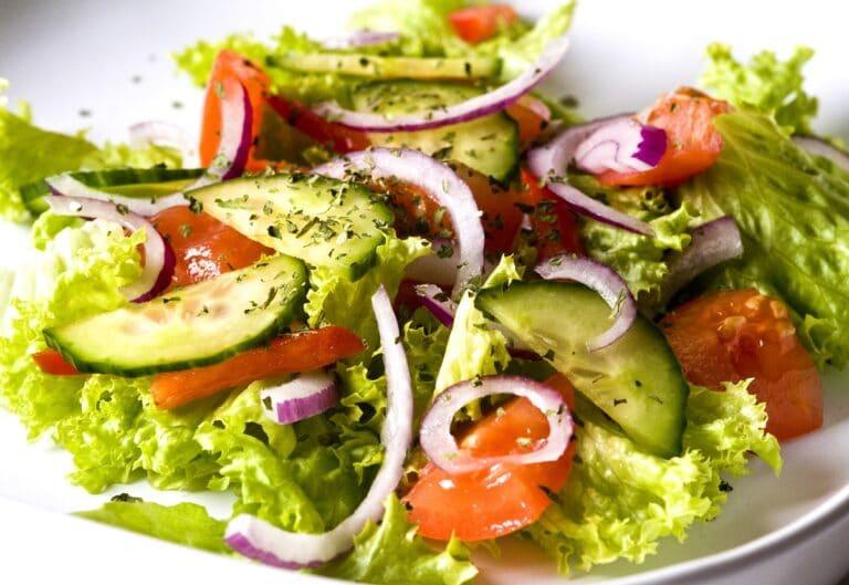 Dieta dr Dąbrowskiej – dla kogo dieta owocowo-warzywna?