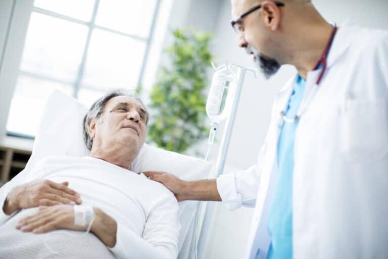 Rak jelita cienkiego – objawy, przyczyny, leczenie, dieta irokowania. Jak diagnozuje się nowotwór jelita cienkiego?