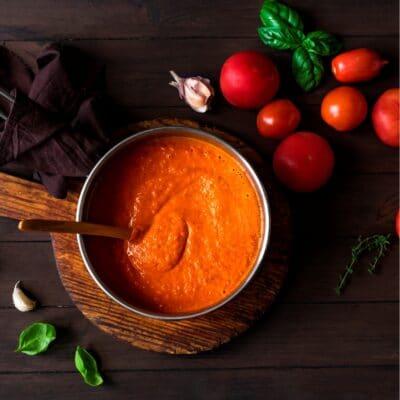 Zupa pomidorowa zryżem